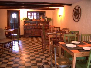 guesthouse bo temps diningroom